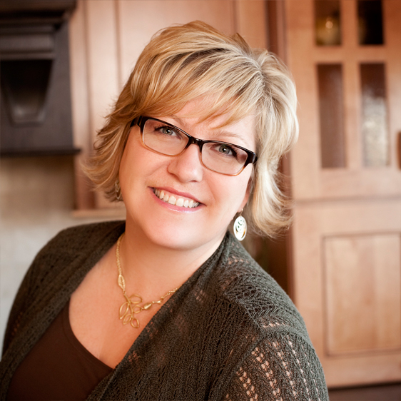 Laurie, Kitchen & Bathroom Designer Naperville