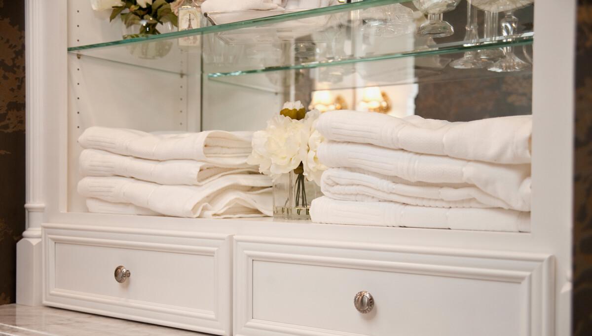 Naperville Elegance River Oak Cabinetry Design