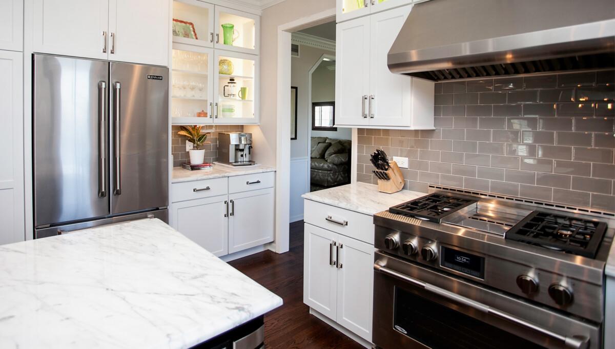 Stylish Transitional Kitchen Design Remodeling Naperville
