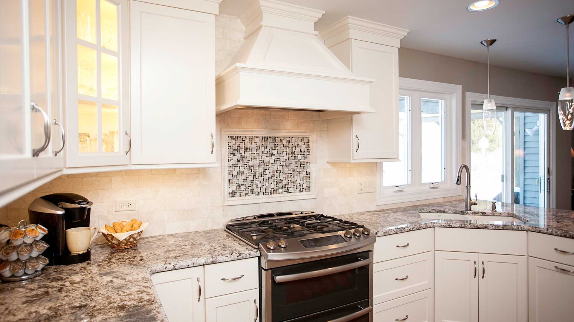 Shaker Kitchen With Contemporary Flair