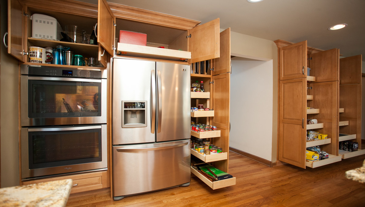 Custom Amish Cabinetry in Breckenridge Estates