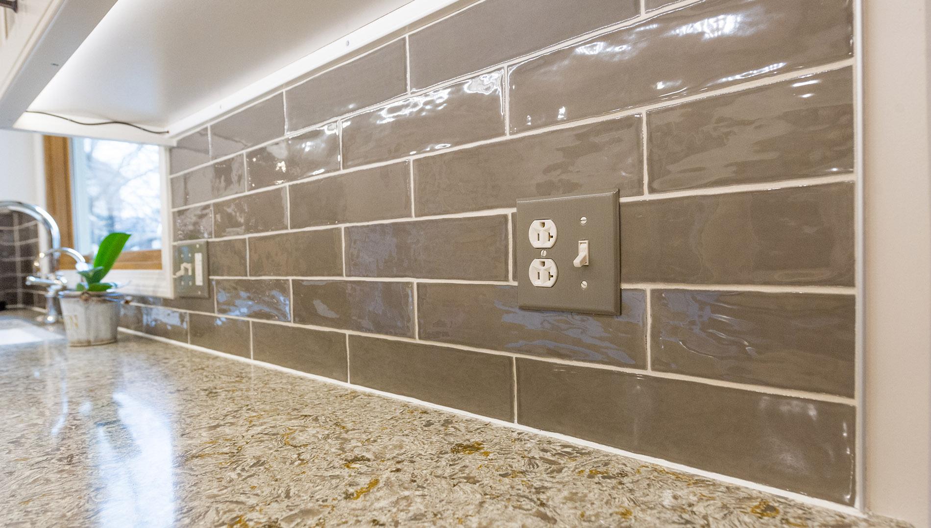 Carefree Design In Aurora S Oakhurst