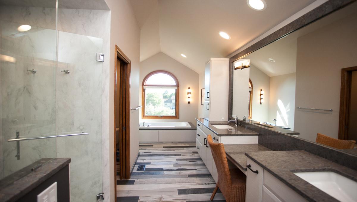 Bathroom remodeling gallery naperville aurora wheaton for Bathroom remodeling naperville il